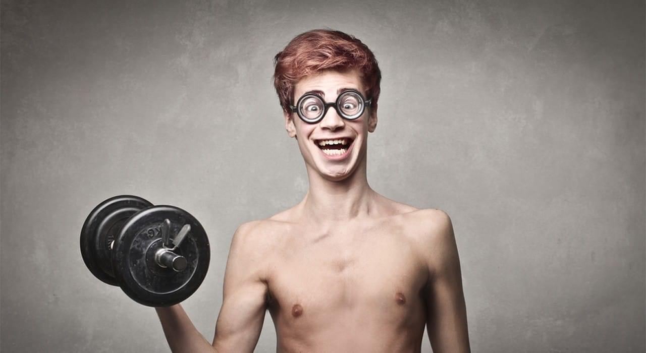 Необходимы ли новичкам изолирующие упражнения для бицепсов и трицепсов?